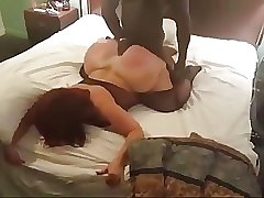 Big booty cougar cheats on hubby with young black guy she met on MilfHoookup.com